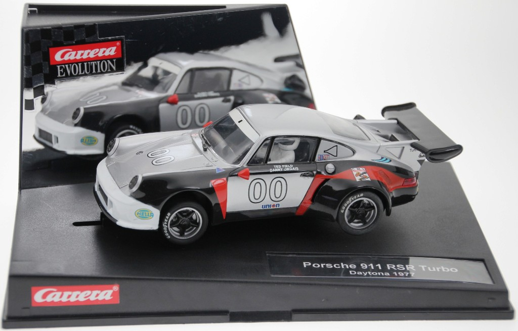 Carrera-Evo-25779-Porsche-911-RSR-Turbo-Daytona-1977-LIMITED